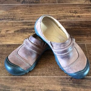 Keen leather slip ons